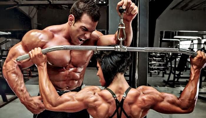 5 вариантов вертикальных тяг для развития широчайших мышц спины.