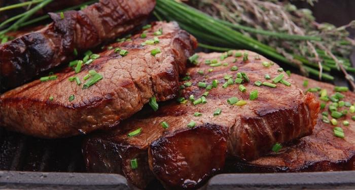Мясо, зелень