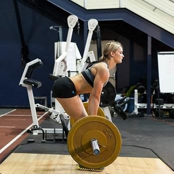 Румынская тяга (румынский подъём) - базовое, силовое упражнение, направленное на развитие мышц бёдер, ягодиц, нижней части спины.