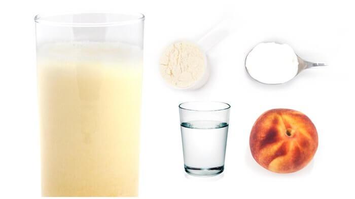 Персиково-кремовый коктейль
