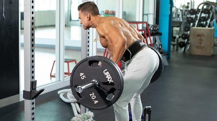 3 упражнения для создания толщины спины.