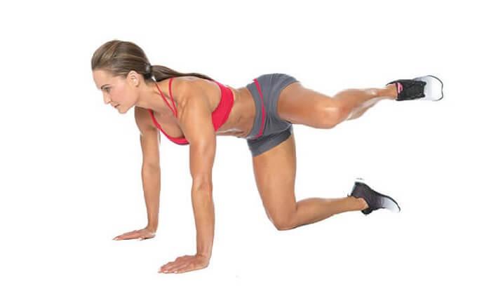 Как слабые бедра могут привести к проблемам с коленями и спиной.