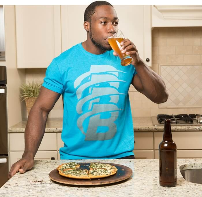 Пиво с пиццей