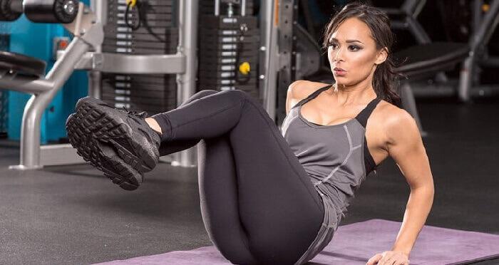 Подтягивание ног к груди