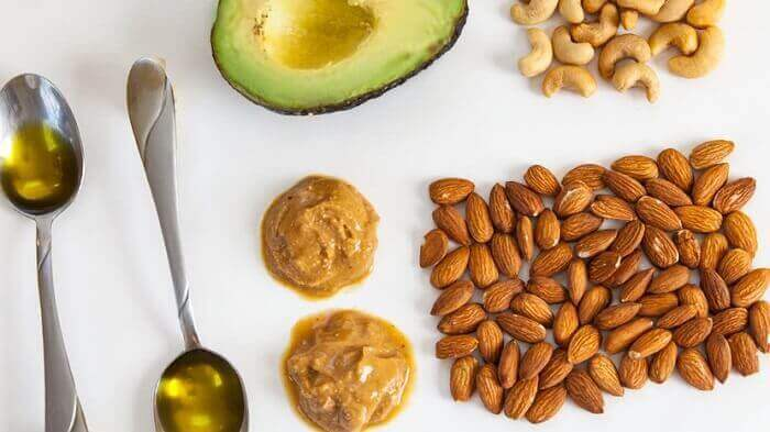 Орехи, авокадо, масло