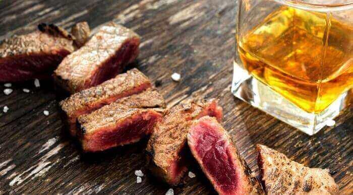 Мясо и виски